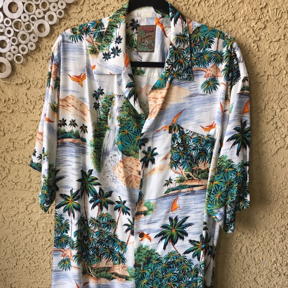 Pineapple Connection Other - Pineapple Connection Men's Hawaiian Shirt. 2XL/XT